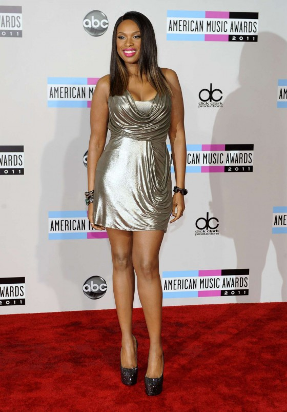 Jennifer Hudson at 2011 Annual American Music Awards-01