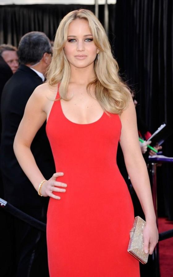 Jennifer Lawrence – 2011 Oscar Awards Arrival