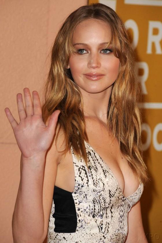 Jennifer Lawrence - Hot Cleavage -05 - GotCeleb