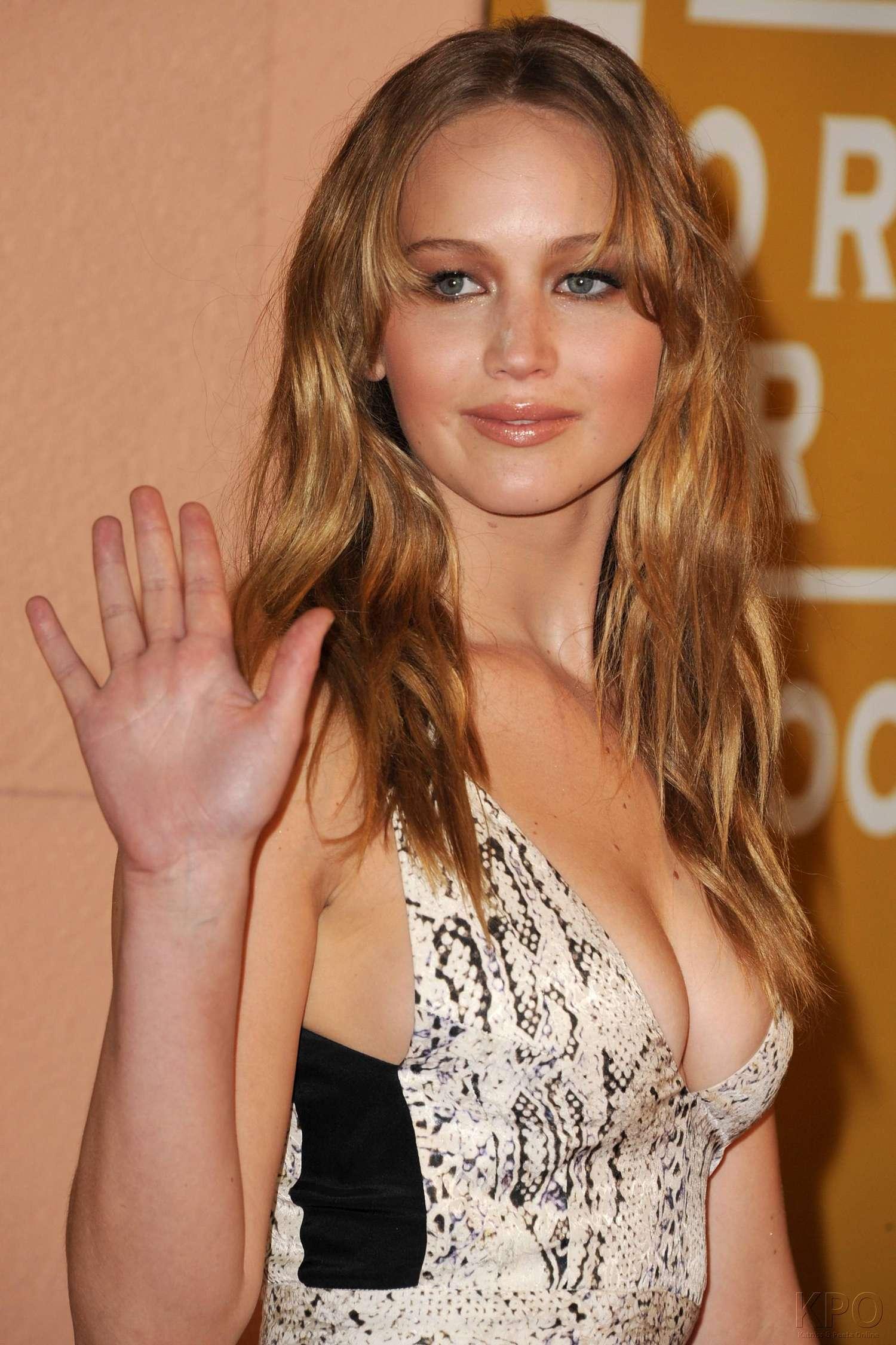 Jennifer Lawrence - Hot Cleavage -05   GotCeleb