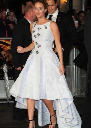 Jennifer Lawrence - 'The Hunger Games: Mockingjay Part 1' Premiere in London