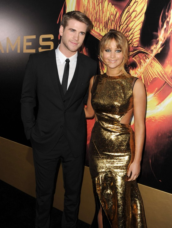 Jennifer Lawrence at Premiere The Hunger Games-01