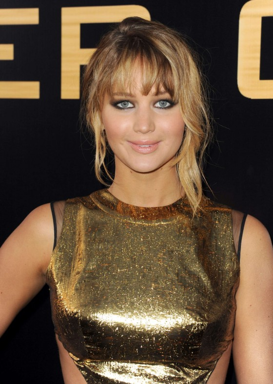 Jennifer Lawrence at Premiere The Hunger Games-11