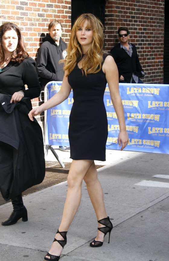 Jennifer Lawrence legs at the Late Show with David Letterman-05