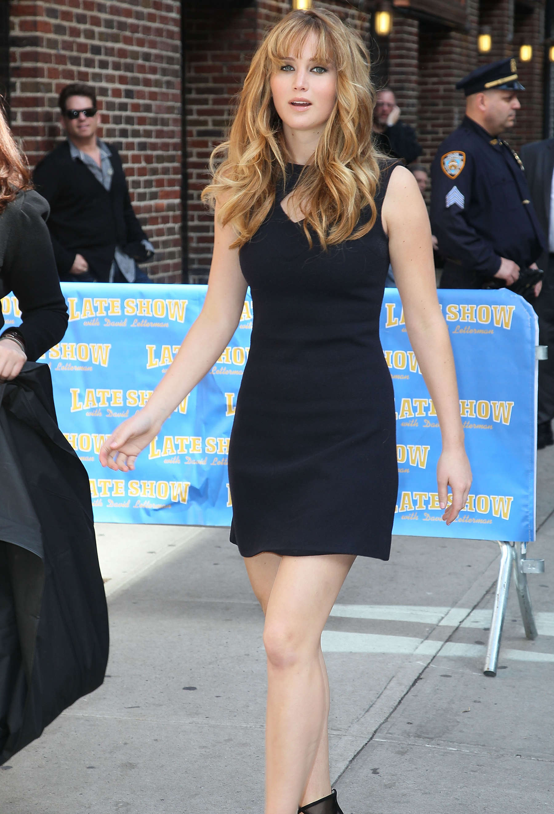 Jennifer Lawrence legs at the Late Show with David Letterman-08 ...