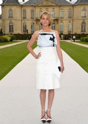 Jennifer Lawrence Paris Fashion Week 2014-05