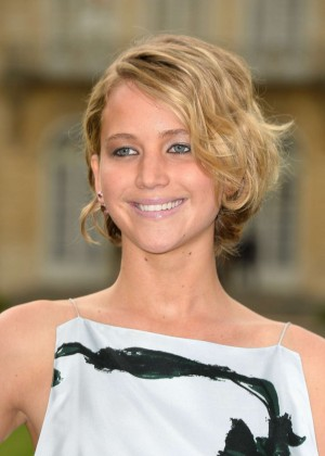 Jennifer Lawrence Paris Fashion Week 2014-08