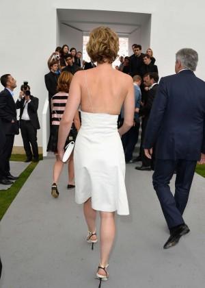 Jennifer Lawrence Paris Fashion Week 2014-12