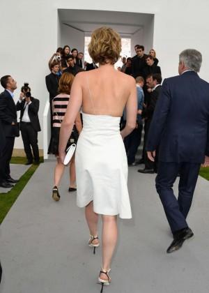 Jennifer Lawrence Paris Fashion Week 2014-13