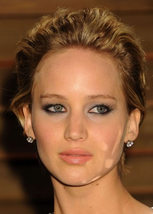 Jennifer Lawrence: Oscar 2014 - Vanity Fair Party -01