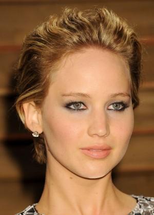 Jennifer Lawrence: Oscar 2014 - Vanity Fair Party -04