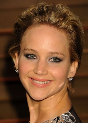 Jennifer Lawrence: Oscar 2014 - Vanity Fair Party -08
