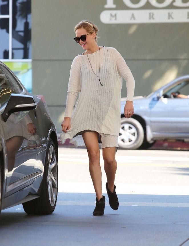 Jennifer Lawrence Leggy in Mini Dress -11