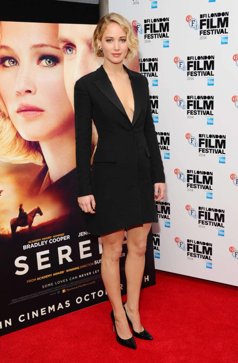 Jennifer Lawrence: Serena UK Premiere -16