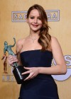 Jennifer Lawrence Rips Dress at SAG Awards 2013