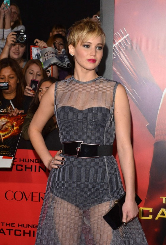 Jennifer Lawrence - The Hunger Games: Catching Fire Hollywood Premiere -19