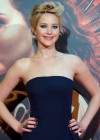 Jennifer Lawrence - The Hunger Games: Catching Fire Premiere -08