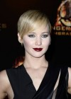 Jennifer Lawrence - The Hunger Games: Catching Fire premiere in Paris -01