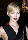 Jennifer Lawrence - The Hunger Games: Catching Fire premiere in Paris -09