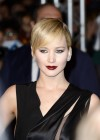 Jennifer Lawrence - The Hunger Games: Catching Fire premiere in Paris -13
