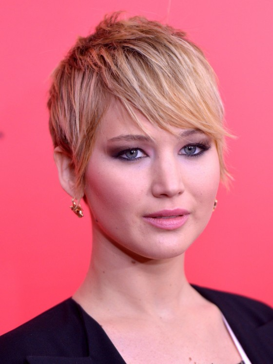Jennifer Lawrence – The Hunger Games: Catching Fire Screening -09