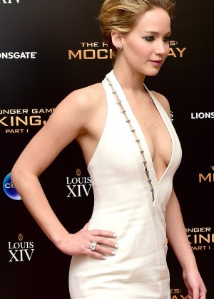 Jennifer Lawrence - The Hunger Games: Mockingjay Part 1 afterparty