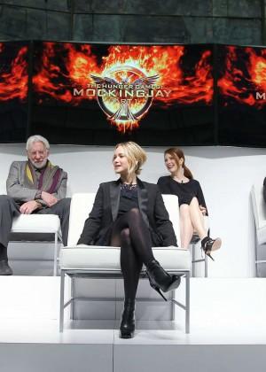 Jennifer Lawrence - The Hunger Games: Mockingjay - Part 1 NY Press Conference -06