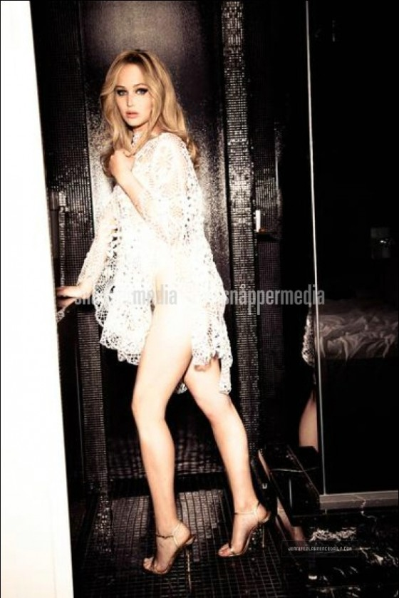 Jennifer Lawrence: Vanity Fair magazine (February 2013)-02