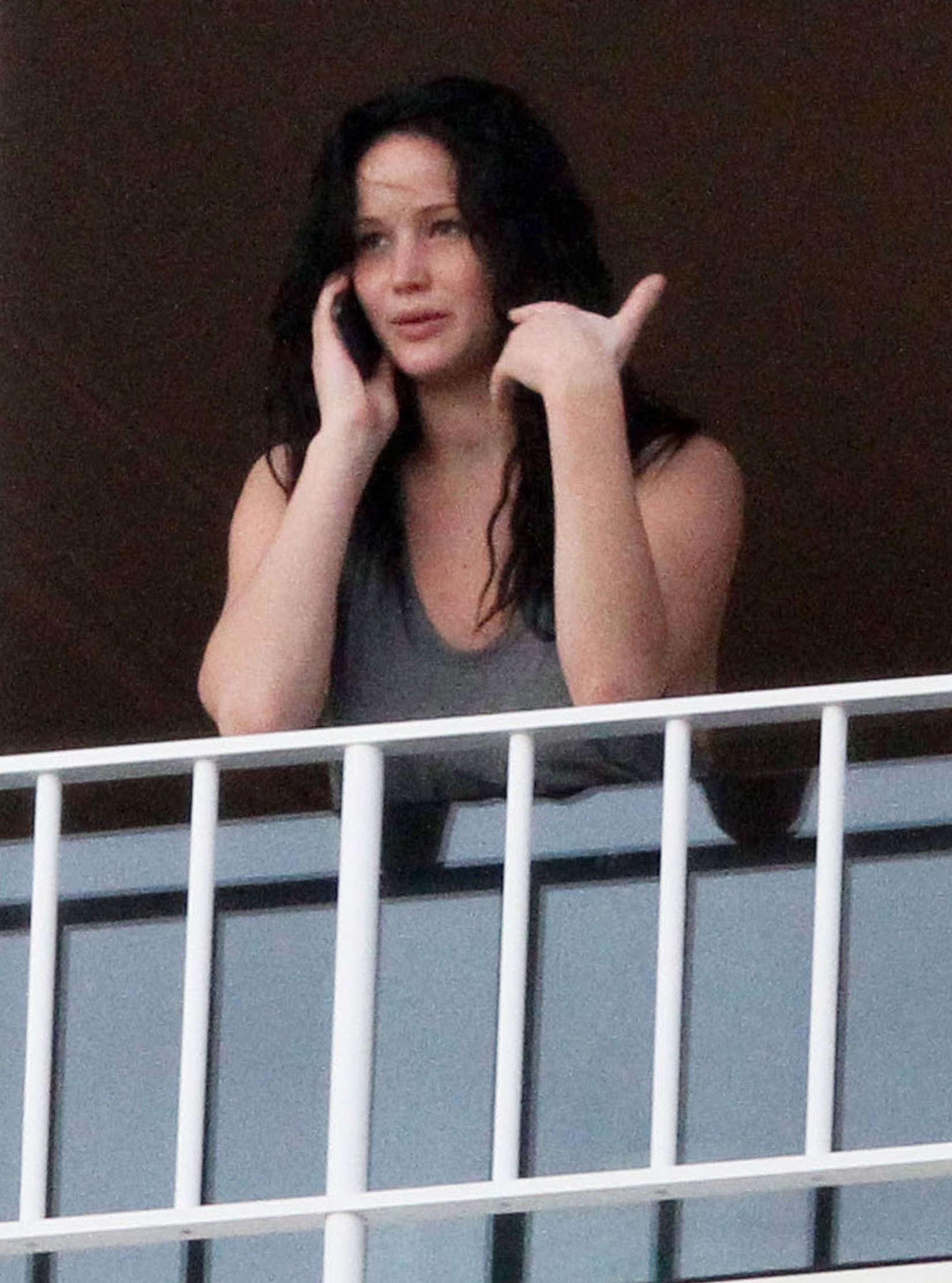 Jennifer Lawrence Without Makeup 27 Gotceleb