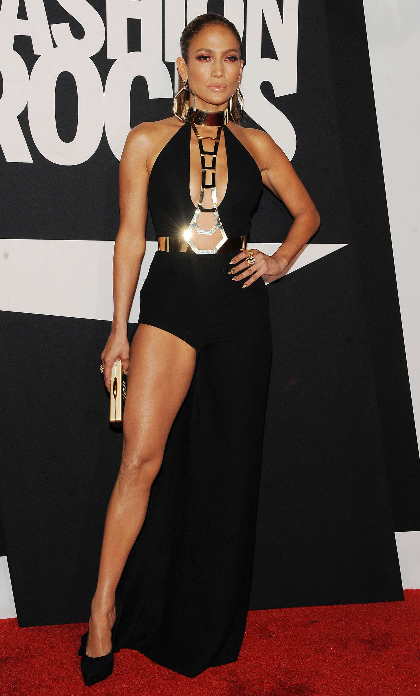 Jennifer Lopez Red Carpet At 2014 Fashion Rocks In Ny 03 Gotceleb