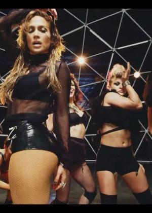 Jennifer Lopez: Adrenalina video caps -02