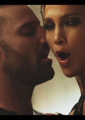 Jennifer Lopez: Adrenalina video caps -12