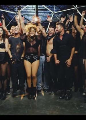 Jennifer Lopez: Adrenalina video caps -15