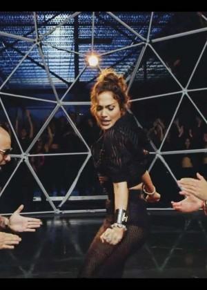 Jennifer Lopez: Adrenalina video caps -16