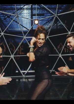Jennifer Lopez: Adrenalina video caps -19