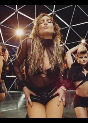 Jennifer Lopez: Adrenalina video caps -32
