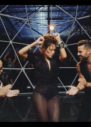 Jennifer Lopez: Adrenalina video caps -34