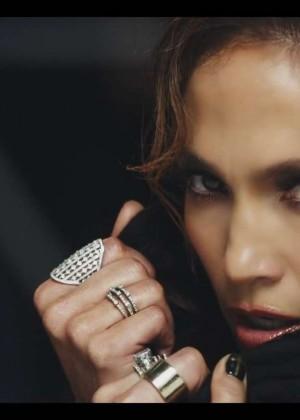 Jennifer Lopez: Adrenalina video caps -40