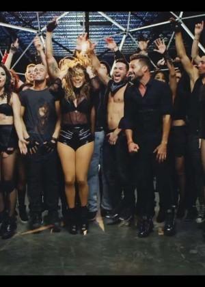 Jennifer Lopez: Adrenalina video caps -41