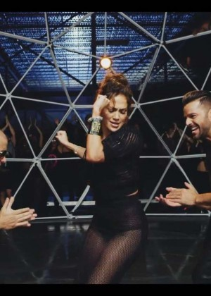 Jennifer Lopez: Adrenalina video caps -45