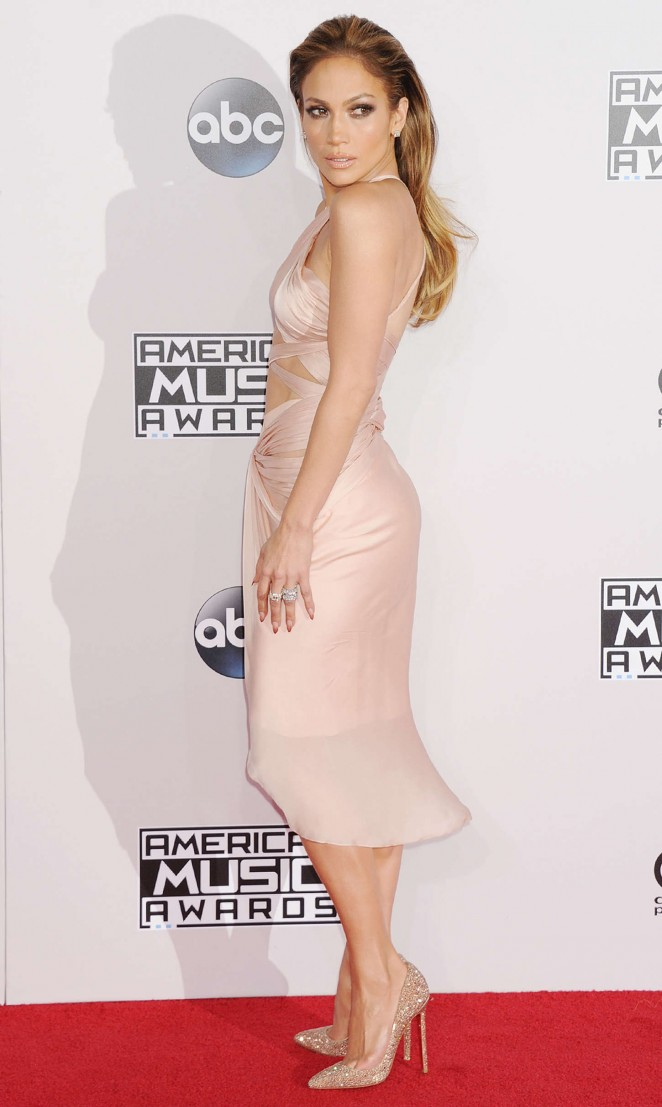 Jennifer Lopez: 2014 American Music Awards -09