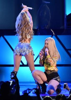Jennifer Lopez and Iggy Azalea Live-05