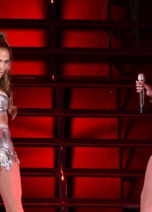Jennifer Lopez and Iggy Azalea Live-15