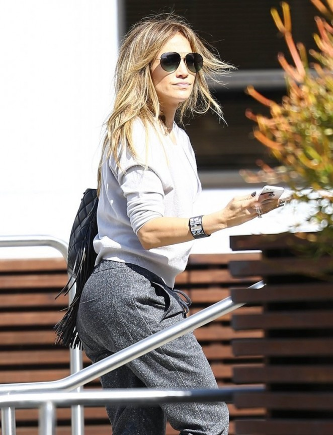 Jennifer Lopez - Arriving at a studio in LA