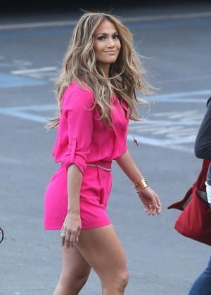 Jennifer Lopez in Pink Shorts at American Idol -04