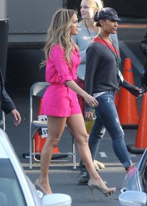 Jennifer Lopez in Pink Shorts at American Idol -15