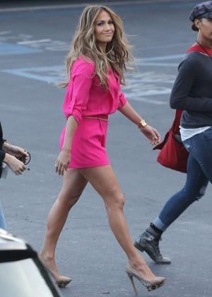 Jennifer Lopez in Pink Shorts at American Idol -20