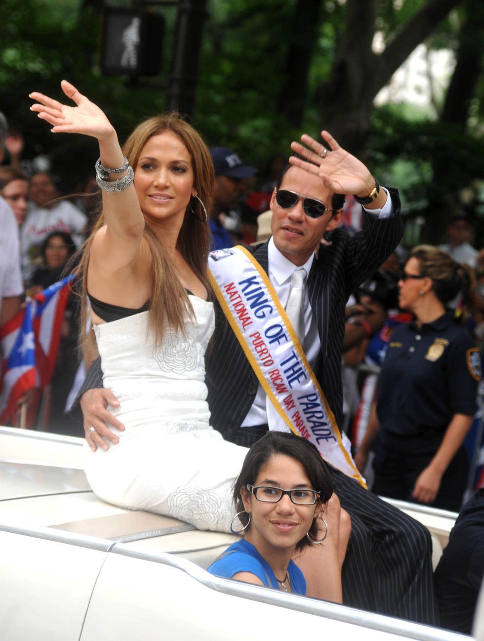 Jennifer Lopez 2010 : jennifer-lopez-at-puerto-rican-day-parade-jun-2010-01