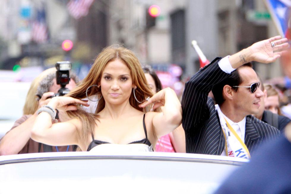 Jennifer Lopez 2010 : jennifer-lopez-at-puerto-rican-day-parade-jun-2010-12