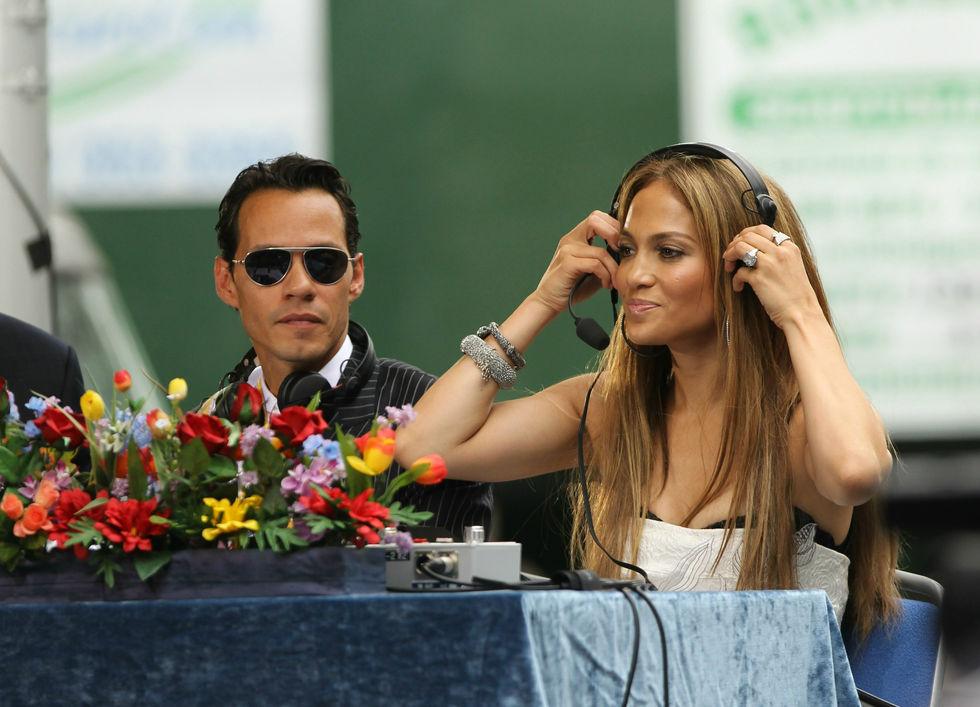 Jennifer Lopez 2010 : jennifer-lopez-at-puerto-rican-day-parade-jun-2010-13